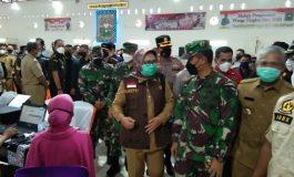 Danrem 044/Gapo Hadiri Penyerahan 100 Ribu Vaksin kepada BupatiWalikota se Provinsi Sumsel